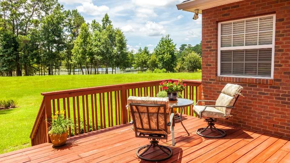 Tips To Maintain A Wood Deck